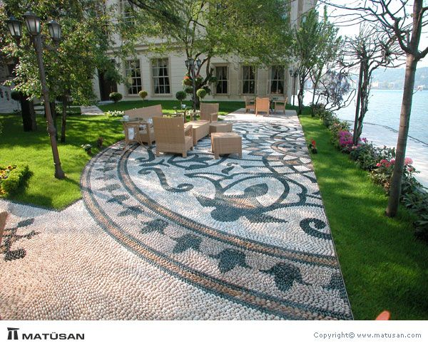 Mosaic Patio 111